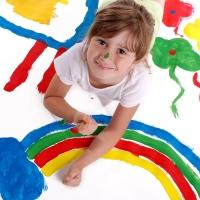 В Омске ко Дню защиты детей откроют выставку детского творчества