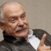 """Никита Михалков: """"Кусают - значит, вкусный!"""""""