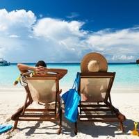 Куда полететь отдыхать летом?