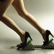 Омички посоревнуются на каблуках