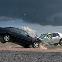 Стоит ли продавать автомобиль после аварии?